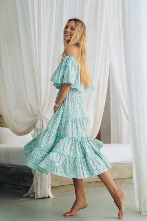 Платье ниже колен для кормящих