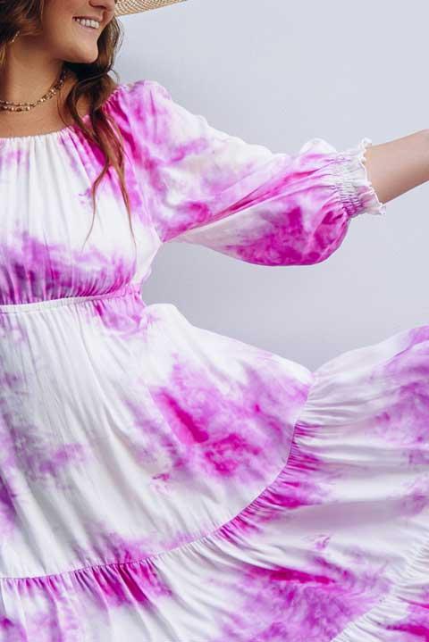 Купить платье бело-розовое ниже колен