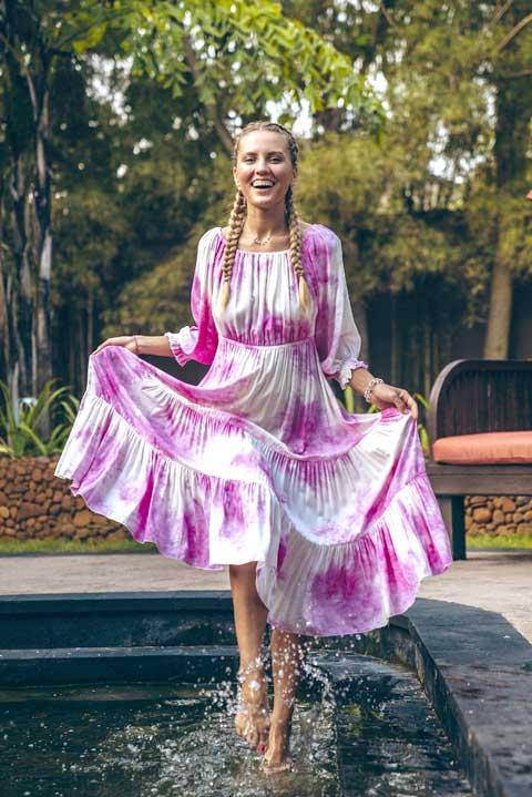 Бело-розовое Платье миди от Ольги Валяевой