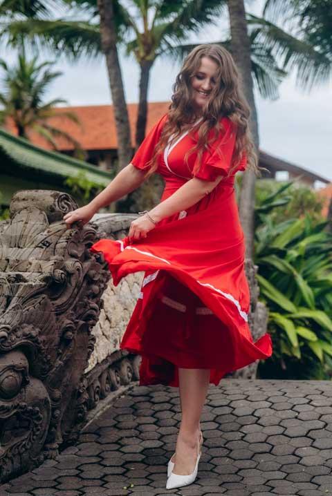 Купить платье миди красного цвета