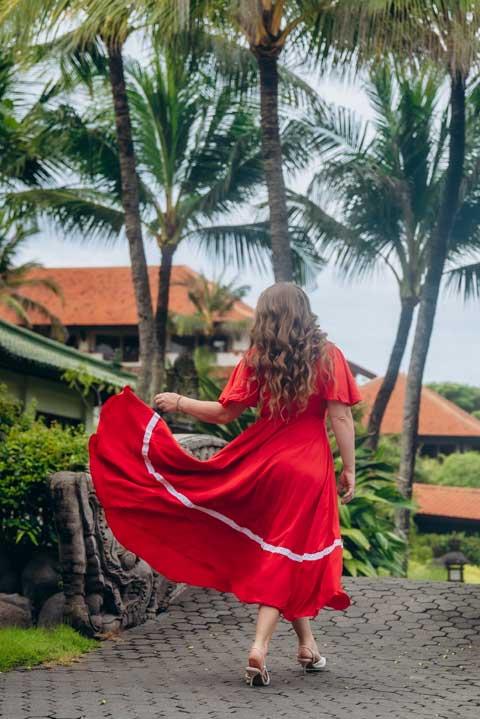 Купить красное платье на запахе