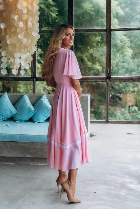 Розовое платье на запахе Olga Valyaeva dress